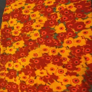 $5/30 leggings red and yellow flower leggings